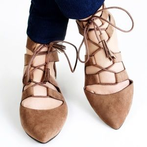 🆕{Restricted} JAVA Pointy Toe Lace-Up Flats